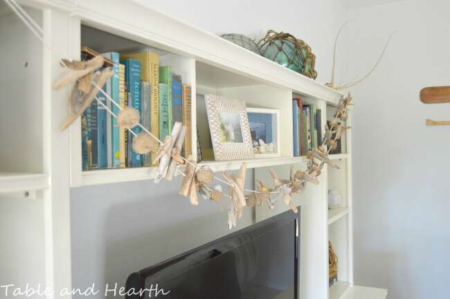 Use simple materials found in nature like acorns and driftwood to make this easy but beautiful rustic garland!