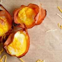 Baked ham and egg cups are a simple and healthy way to get breakfast on the table in just 20 minutes on those busy mornings!