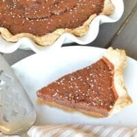 Chocolate Salted Honey Pie - This unique pie is filled with rich honey flavor, browned butter, dark chocolate, and sea salt. #WayfairPieBakeOff