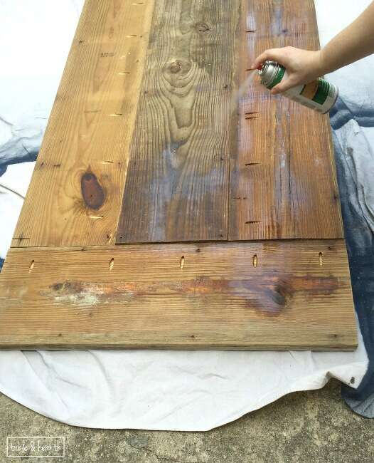 Wonderful DIY Farmhouse Table   Gorgeous! This Blogger Used Discarded Old Lumber To  Make A Rustic