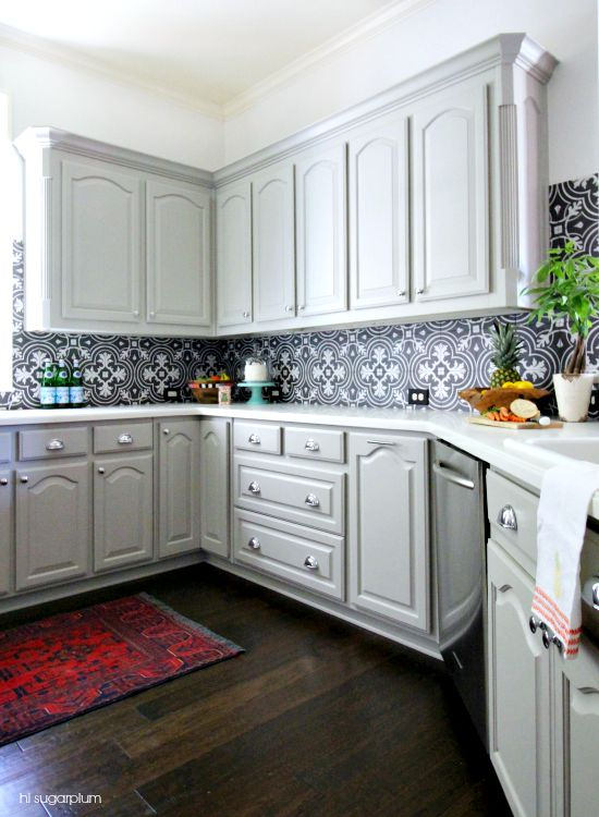 Merveilleux 12 Gorgeous And Bright Light Gray Kitchens   A Roundup Of Beautiful Light Gray  Kitchen Cabinets