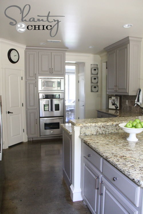 Gorgeous And Bright Light Gray Kitchens Table And Hearth - Light gray cabinet paint
