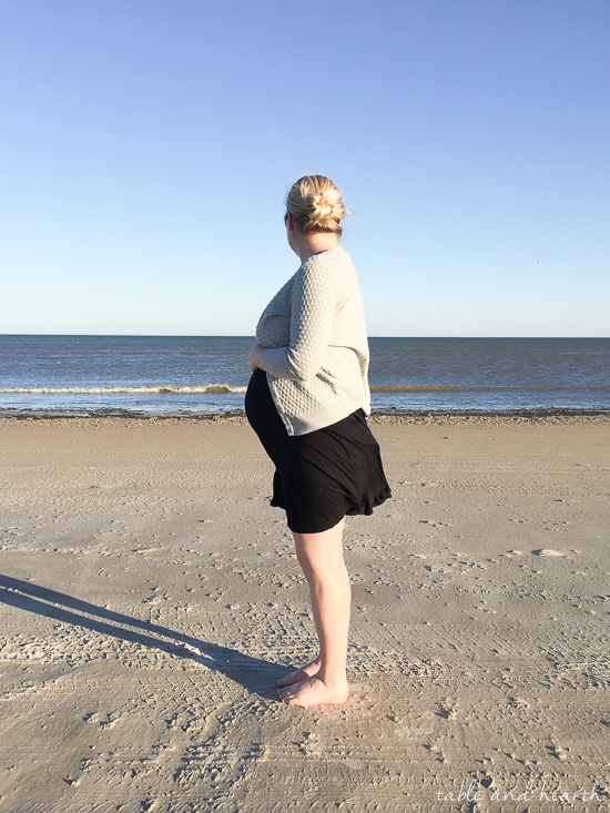 32 week pregnancy update - beach bump pictures
