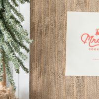 Bring a unique rustic touch to a simple piece of art with this layered burlap frame mat! www.tableandhearth.com